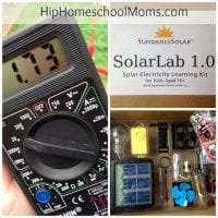 SolarLab Science Kit Review || HipHomeschoolMoms.com